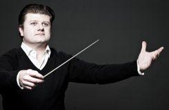 Radek Baborák v komorní řadě rozezní nejen dechové nástroje a představí Festivalový orchestr Dvořákovy Prahy