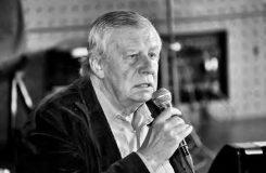 Zemřel Antonín Matzner, publicista, spisovatel, producent, hudební režisér a dramaturg. Bylo mu 73 let