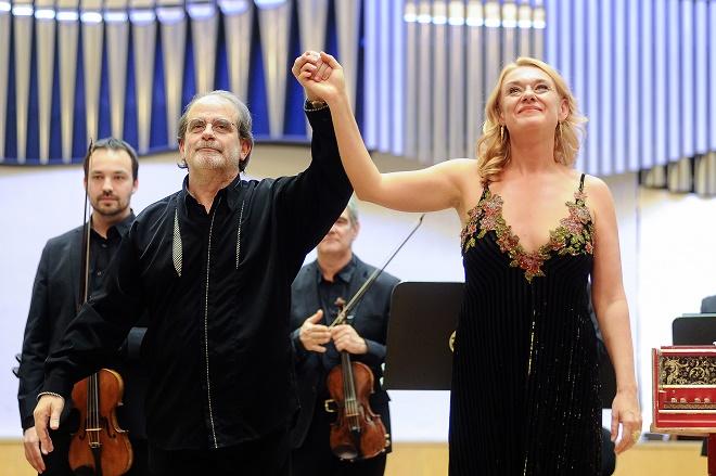 34339ef68f Skutečná první dáma barokní opery. Magdalena Kožená v Bratislavě ...