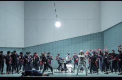 Brittenův Billy Budd v Národním divadle. Podívejte se na naši videoreportáž