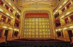 Čeká Národní divadlo stávka?
